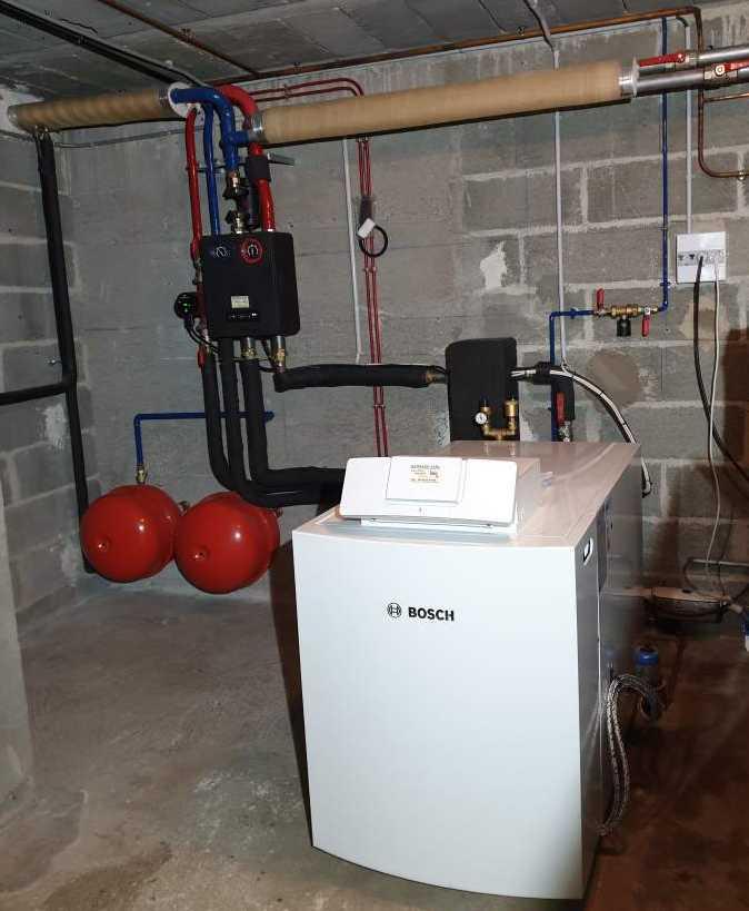 Chaudière Fioul Condensation Bosch 55kw/h