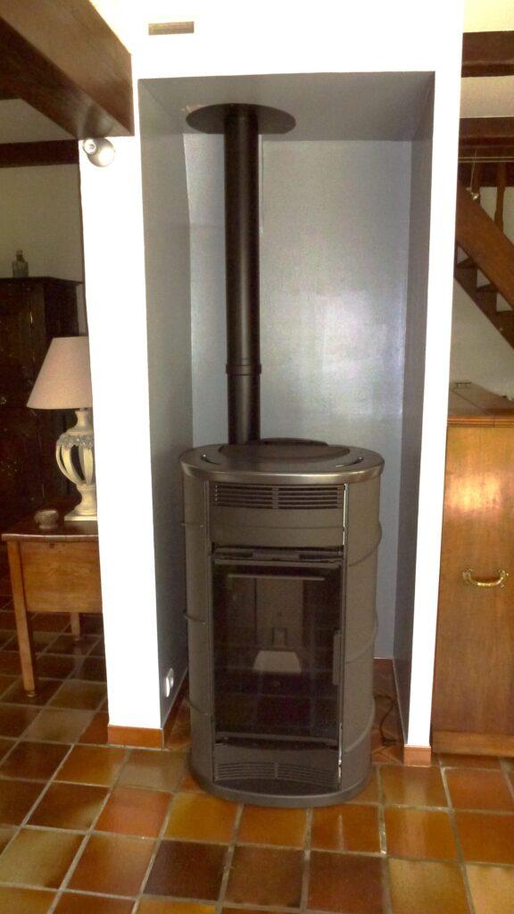 Thermo-poêle à granulés de bois pour chauffage central à boucle d'eau chaude (Radiateurs, Plancher chauffant)
