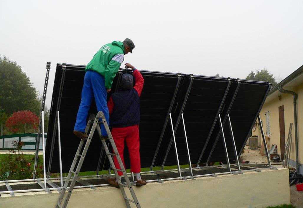 Montage des panneaux solaires, vue arrière